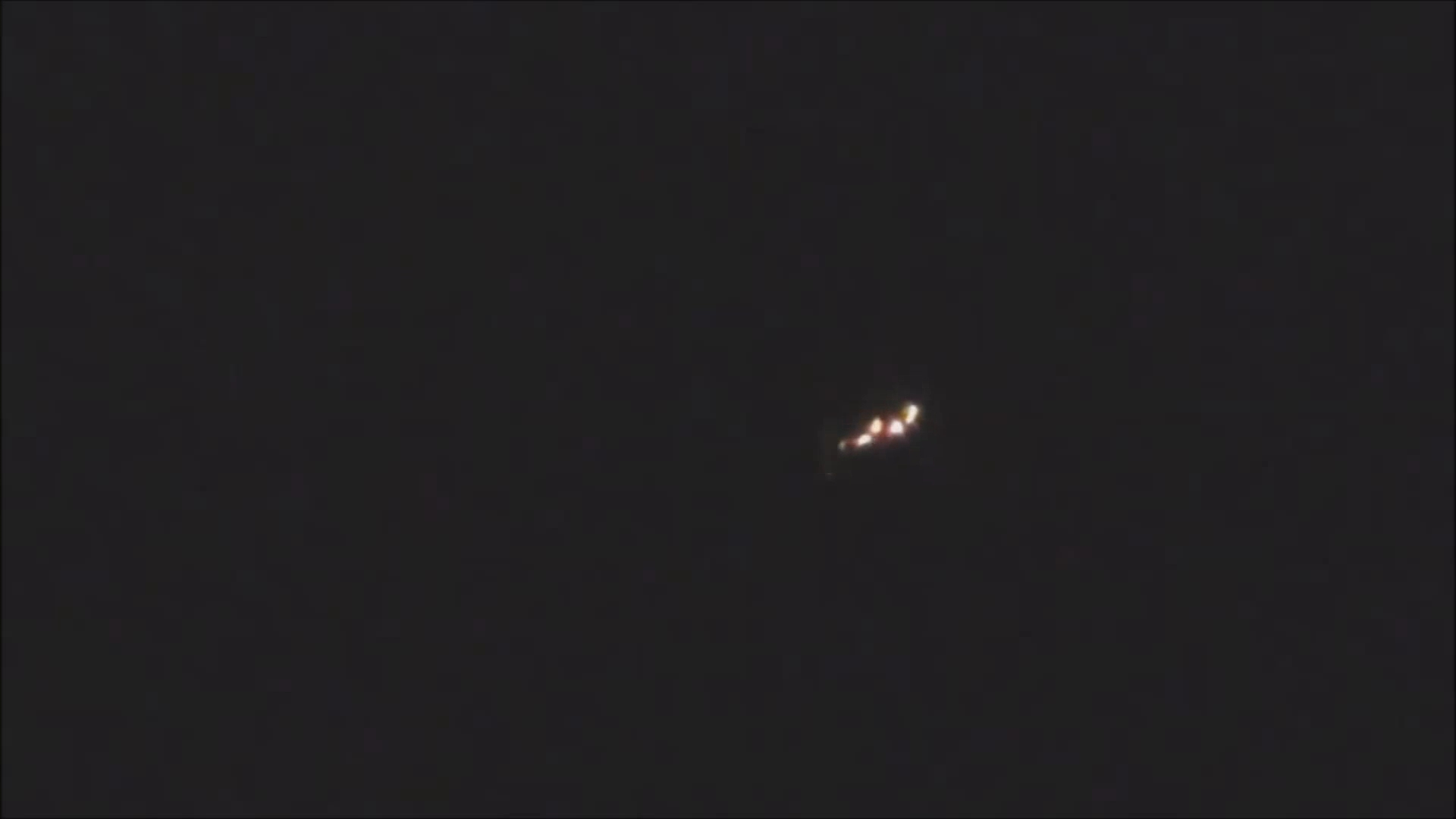 UFO's at Sint-Petersburg, Russia - March 2013 and April 2012(1080p_H.264-AAC).mp4_000032165