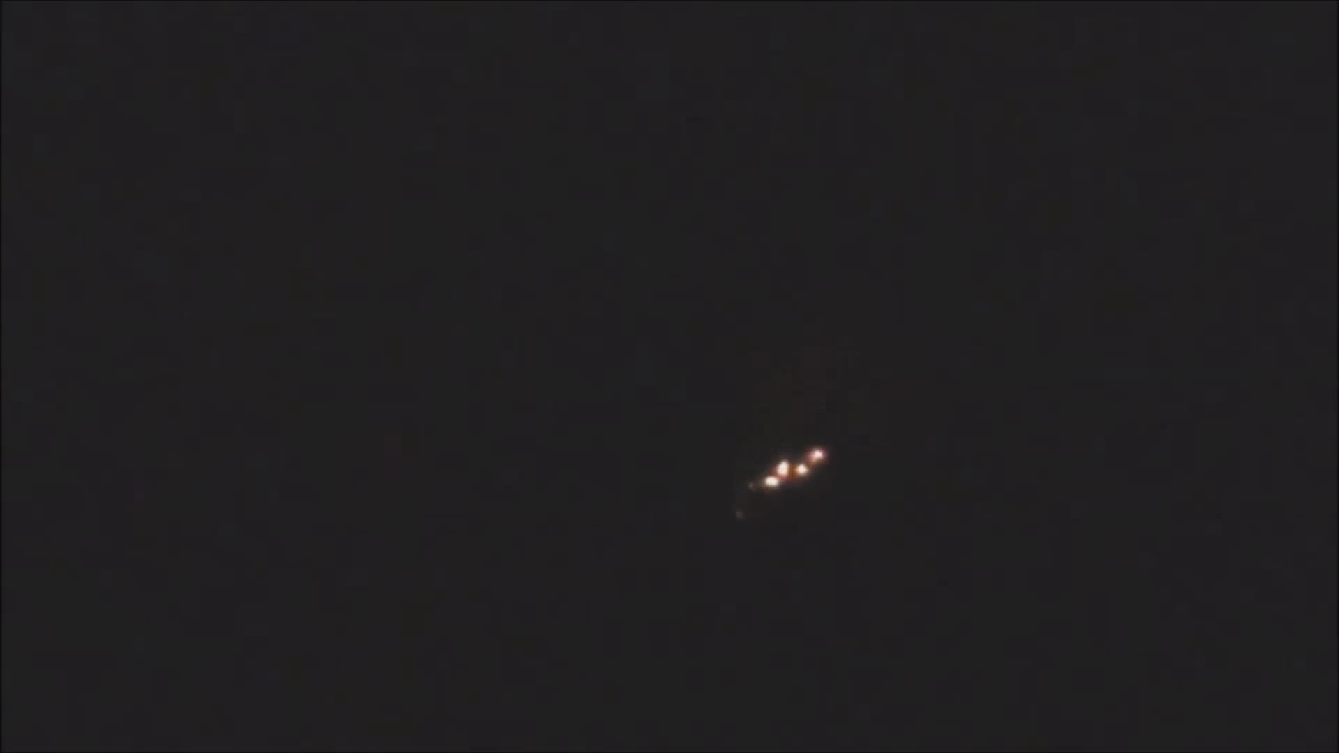 UFO's at Sint-Petersburg, Russia - March 2013 and April 2012(1080p_H.264-AAC).mp4_000032732
