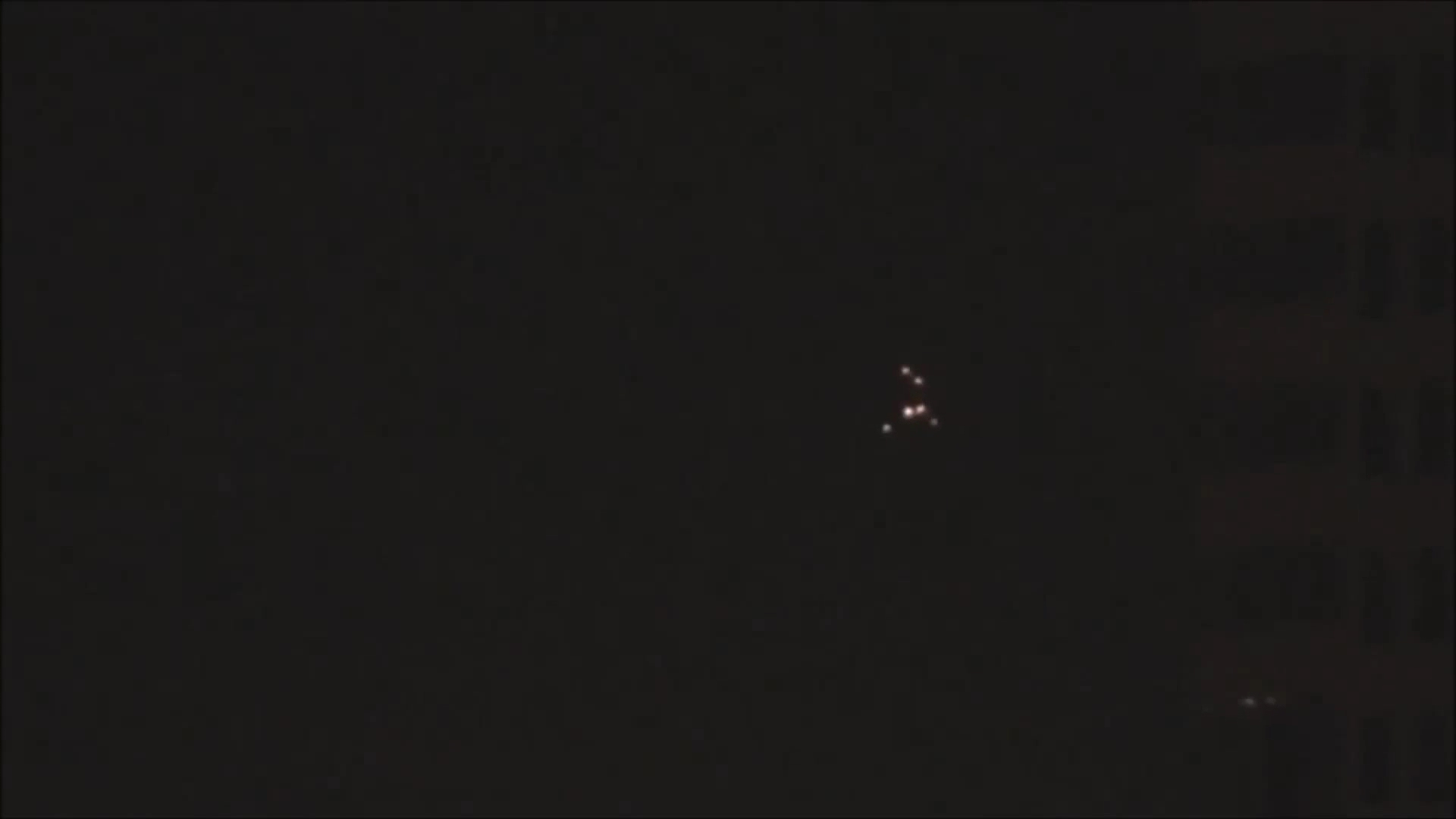UFO's at Sint-Petersburg, Russia - March 2013 and April 2012(1080p_H.264-AAC).mp4_000681614