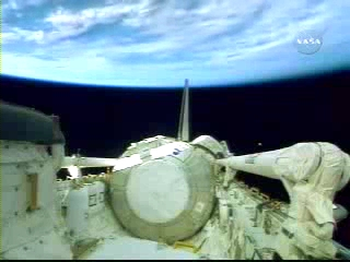 N.A.S.A. STS-120 Shuttle Discovery UFO October 23 2007(240p_H.264-AAC).mp4_000217331
