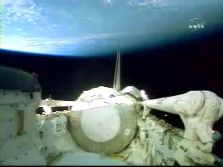 N.A.S.A. STS-120 Shuttle Discovery UFO October 23 2007(240p_H.264-AAC).mp4_000348037