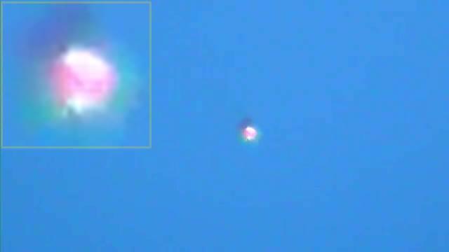 UFO OVNI CON DESTELLOS(360p_H.264-AAC).mp4_000011478