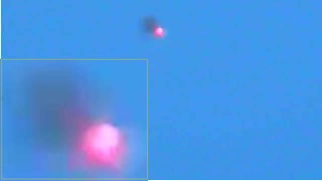 UFO OVNI CON DESTELLOS(360p_H.264-AAC).mp4_000025825