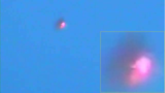 UFO OVNI CON DESTELLOS(360p_H.264-AAC).mp4_000059893