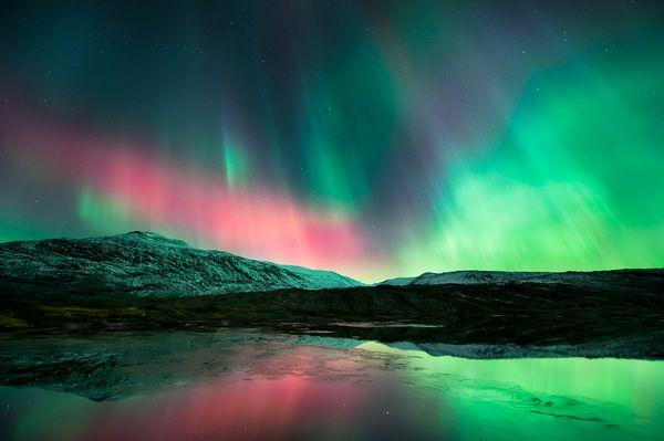 space190-aurora-borealis-lake_50886_600x450