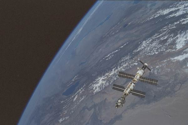 STS106-314-20_4