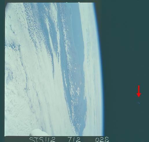 STS112-712-28da