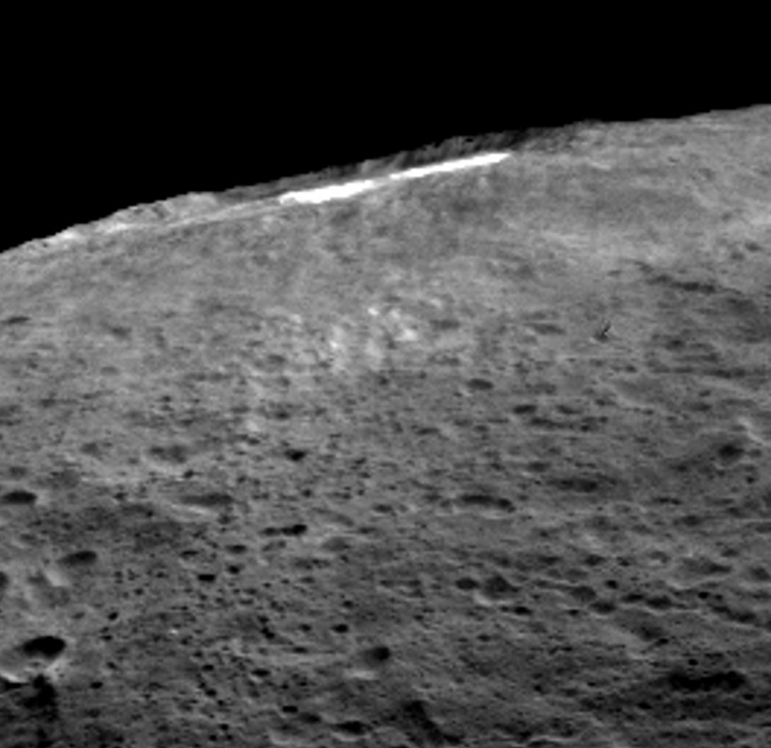 PIA20181-Ceres-OccatorCrater-LateralView-20151209